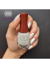 Valse Nail Polish Pearl White..