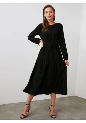 TRENDYOLMİLLA Black Belted Velvet G..