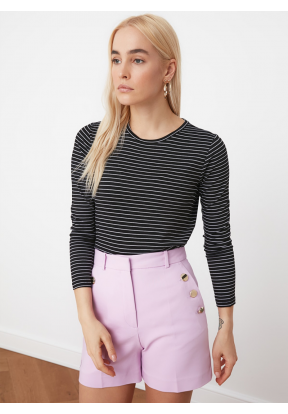 TRENDYOLMİLLA Black Striped Basic L..
