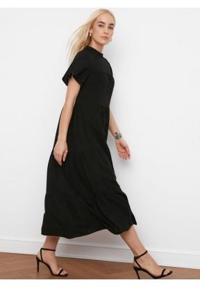 TRENDYOLMİLLA Black Wide Cut Dress ..