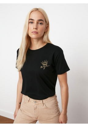 TRENDYOLMİLLA Black Embroidered Sem..